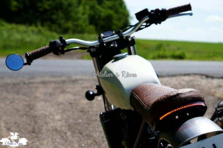 """Selle """"vintage"""" pour la moto de mon fils"""
