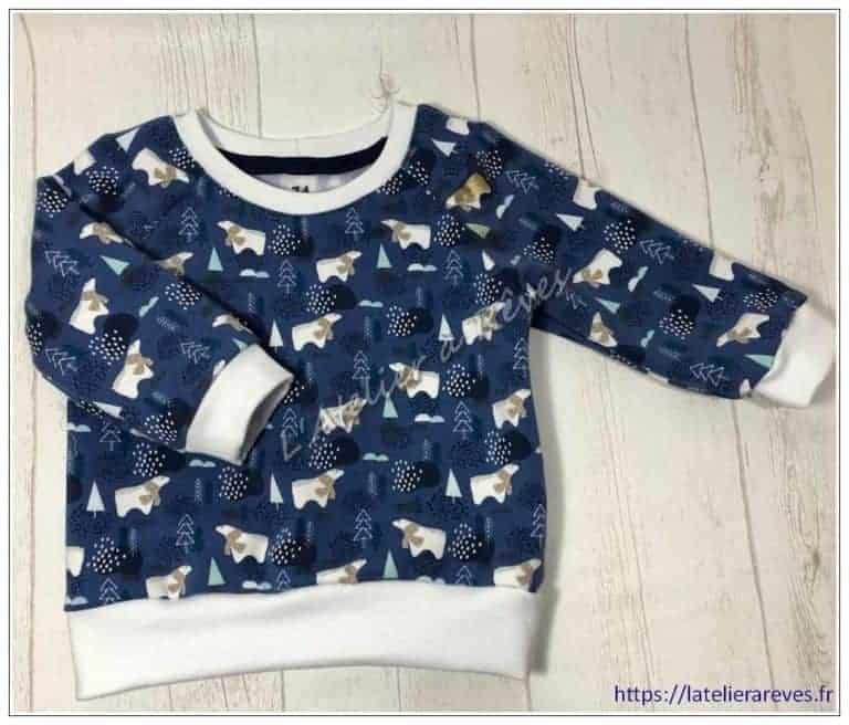 "Le sweat bébé ""ours blancs"""